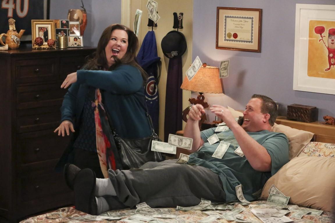 Mike & Molly - Season 4 Episode 16: The Dice Lady Cometh