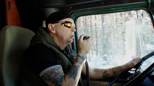 Ice Road Truckers - Season 8 Episode 02: Rushin' Roulette