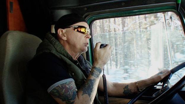 Ice Road Truckers - Season 8 Episode 02: Rushin' Roulette