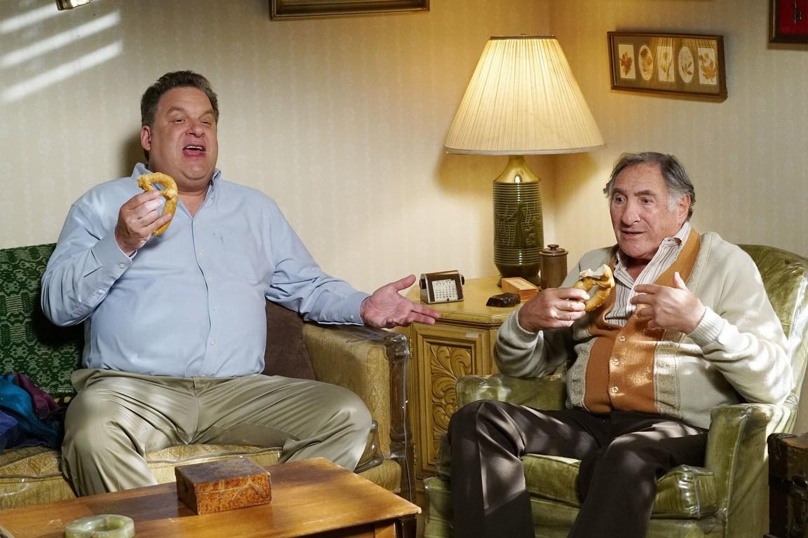 The Goldbergs - Season 4 Episode 04: Crazy Calls