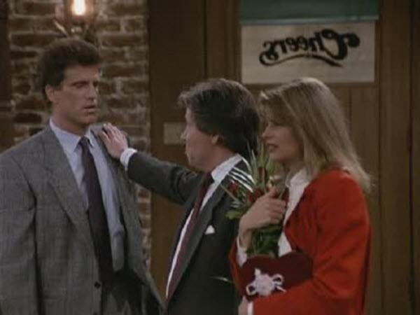 Cheers - Season 7 Episode 01: How to Recede in Business