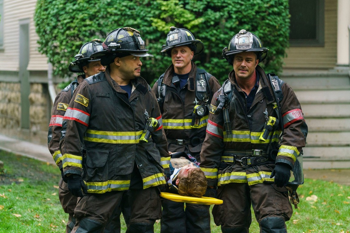 Chicago Fire - Season 5 Episode 08: One Hundred