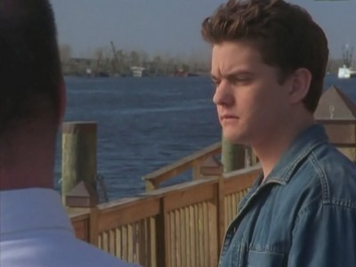 Dawsons Creek - Season 2 Episode 22: Parental Discretion Advised