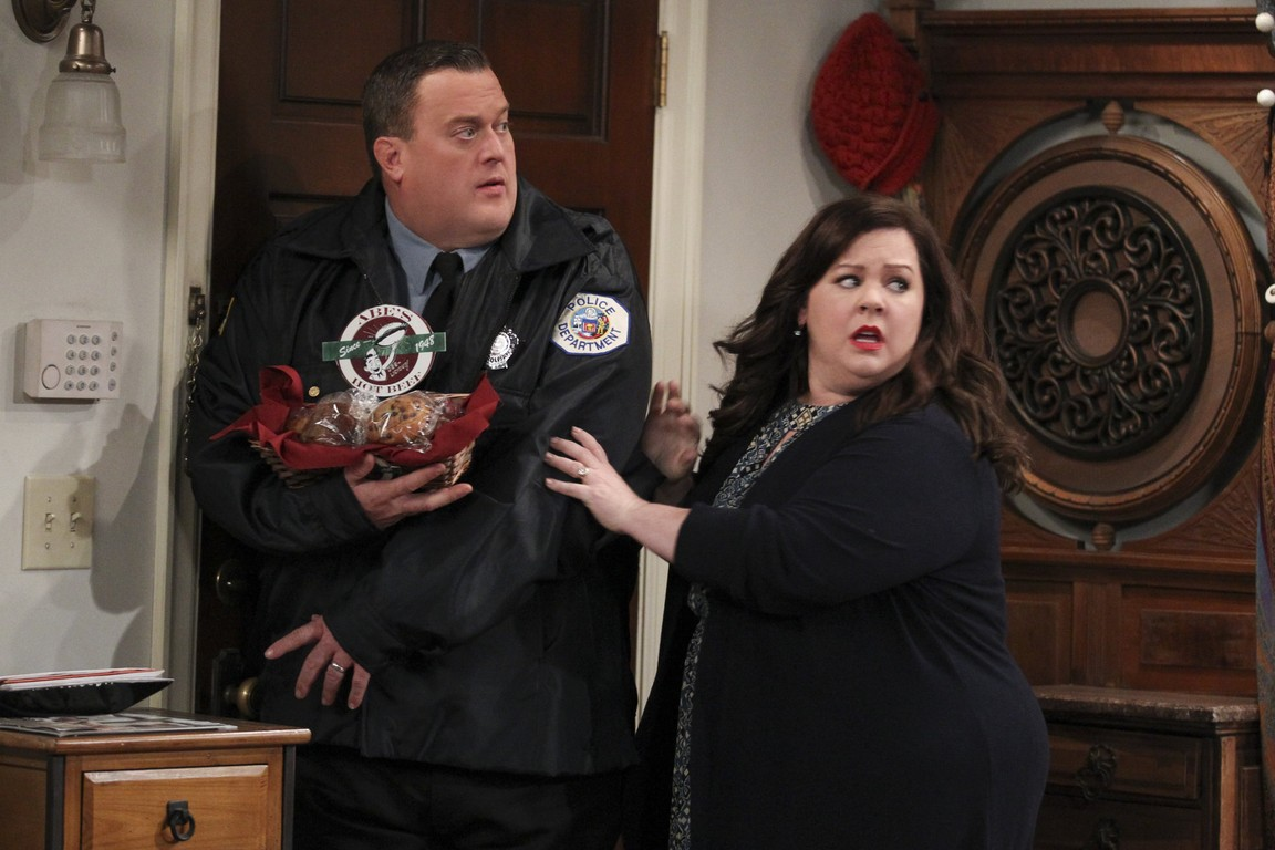 Mike & Molly - Season 5 Episode 10: Checkpoint Joyce