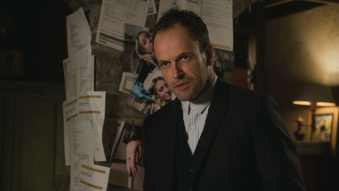 Elementary - Season 6 Episode 20: Fit to Be Tied