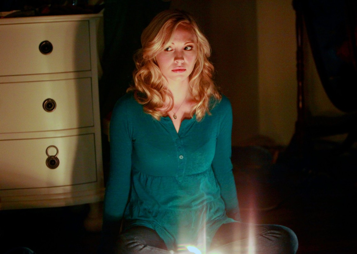 The Vampire Diaries - Season 1 Episode 09: History Repeating