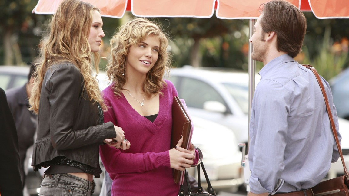 90210 - Season 1 Episode 21: The Dionysian Debacle
