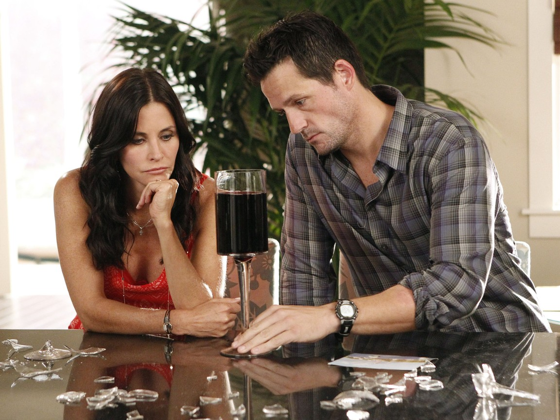 Cougar Town - Season 3 Episode 06: Something Big