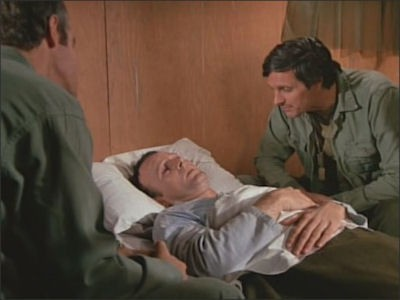 M*A*S*H - Season 4 Episode 13: Soldier of the Month
