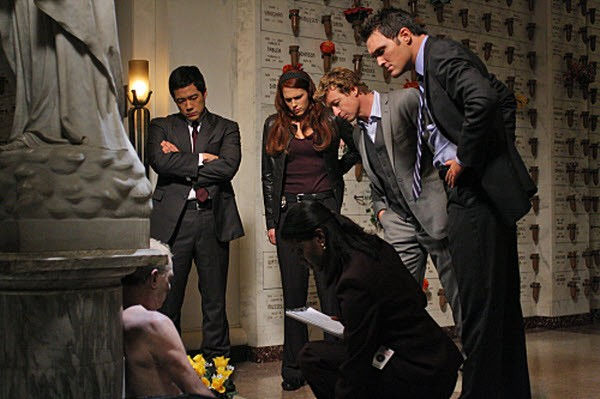 The Mentalist - Season 2 Episode 8 : His Red Right Hand
