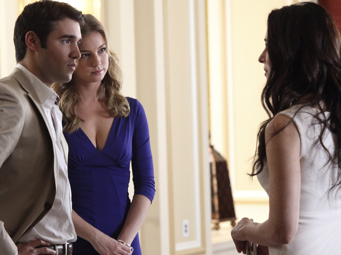 Revenge - Season 2 Episode 12: Collusion