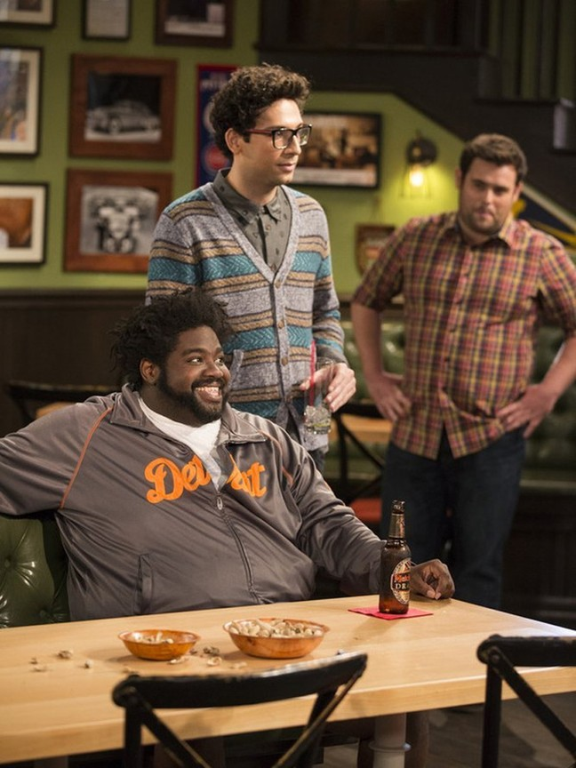 Undateable - Season 1 Episode 05: My Hero is Me