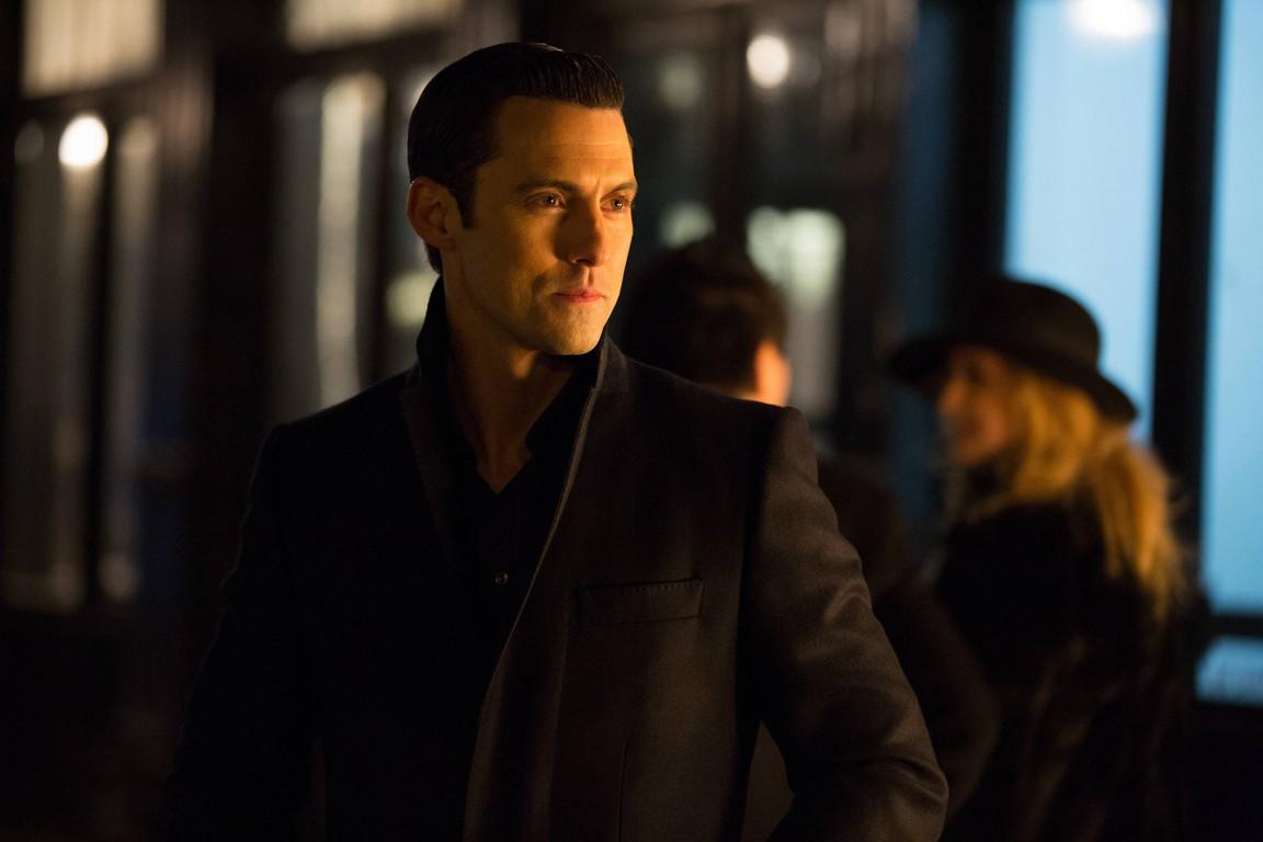 Gotham - Season 1 Episode 20: Under the Knife