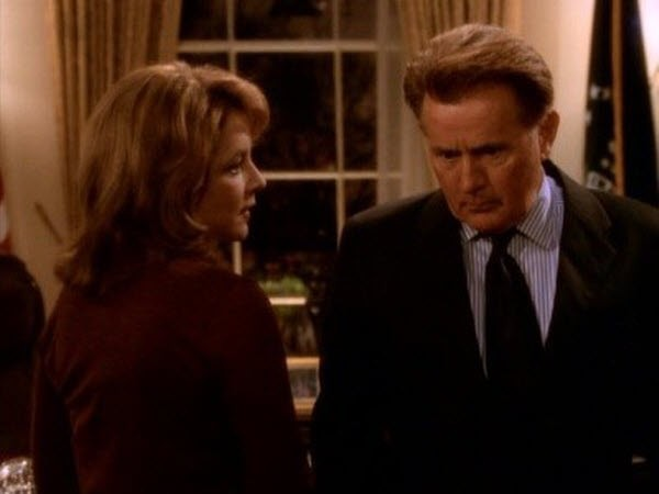 The West Wing - Season 1 Episode 17: The White House Pro-Am