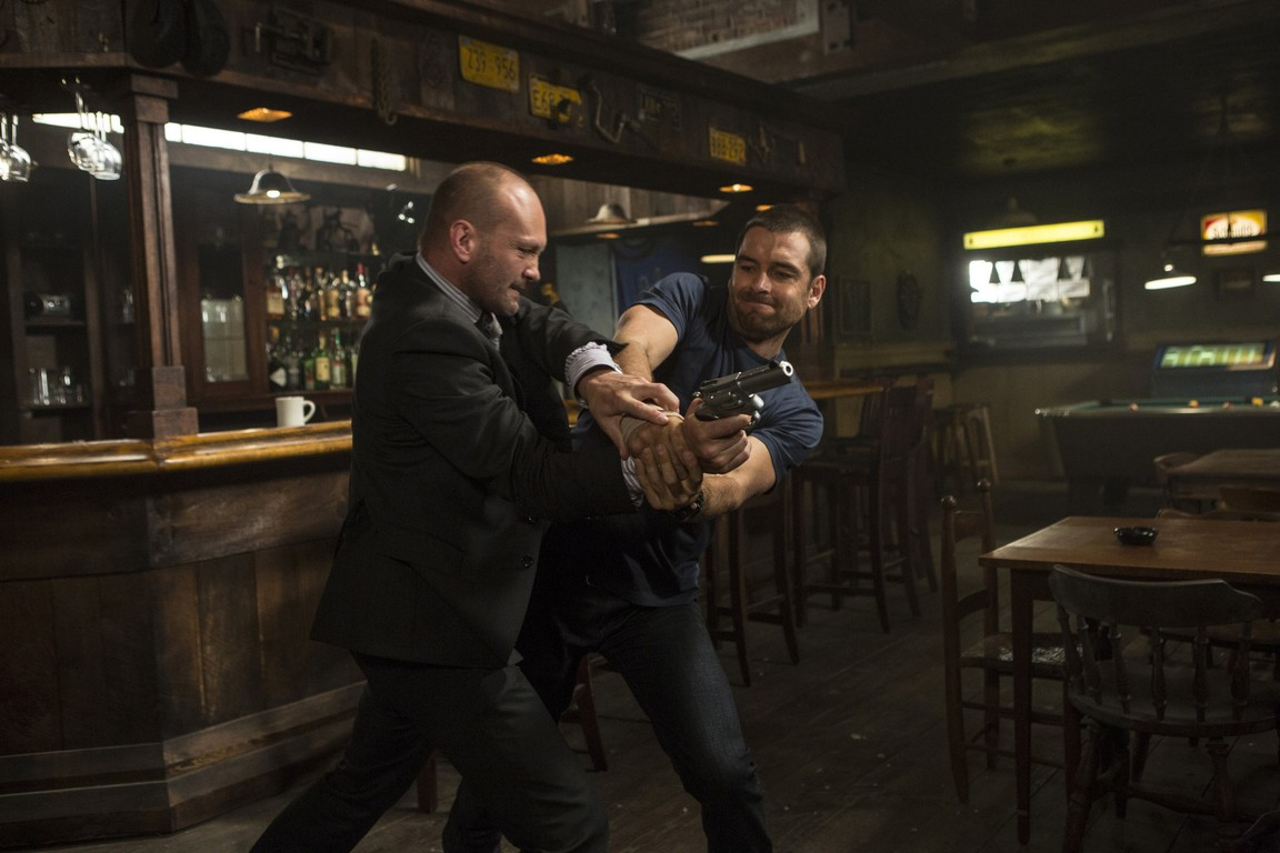 Banshee - Season 2 Episode 06: Armies of One