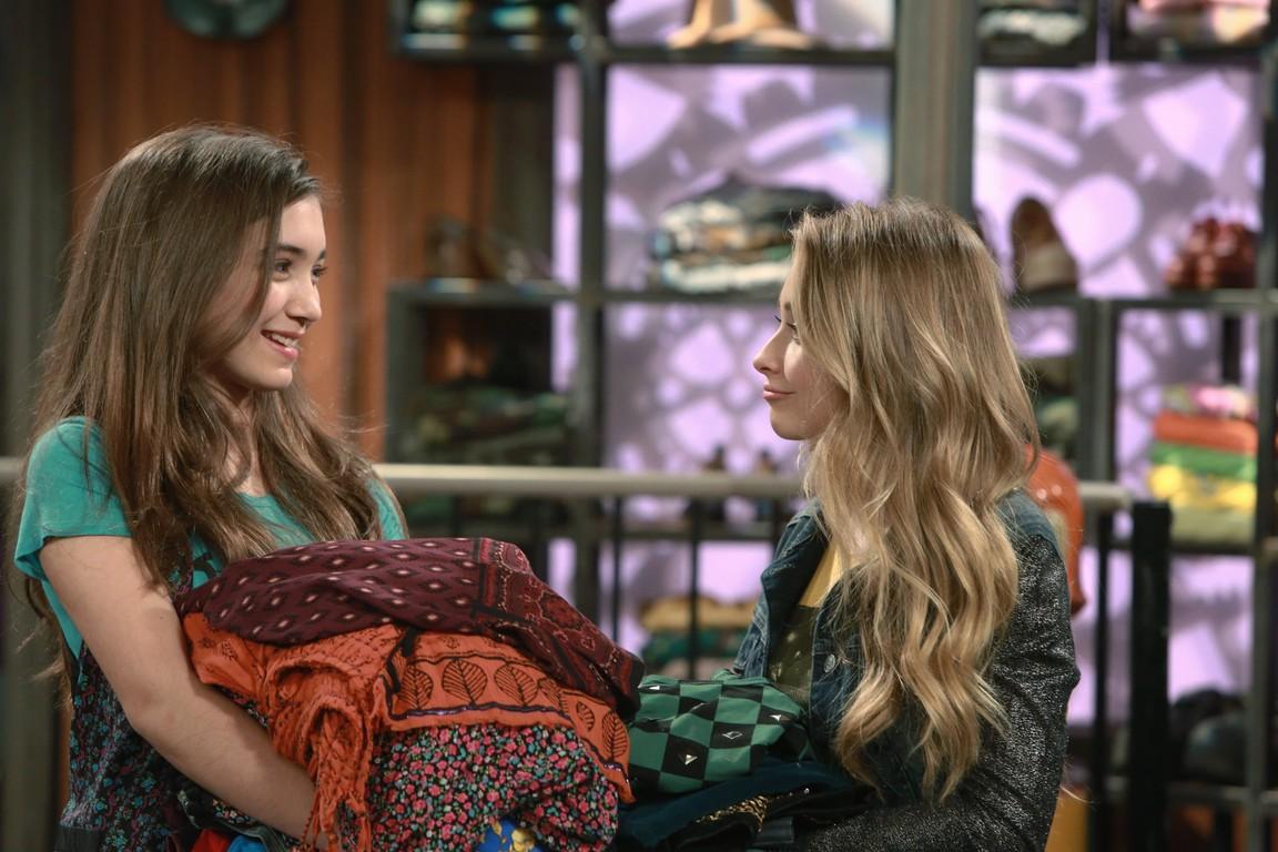 Girl Meets World - Season 2 Episode 01: Girl Meets Gravity
