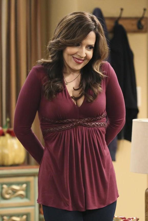 Cristela - Season 1 Episode 12: Hypertension