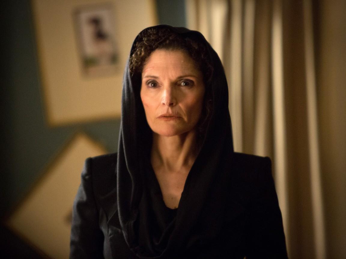 Grimm - Season 1 Episode 22: Woman in Black
