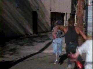 MacGyver - Season 6 Episode 03: The Gun