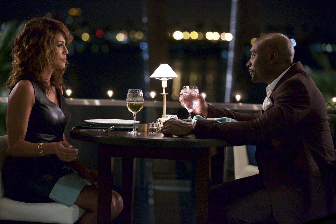 Rosewood - Season 1 Episode 2 Fireflies and Fidelity