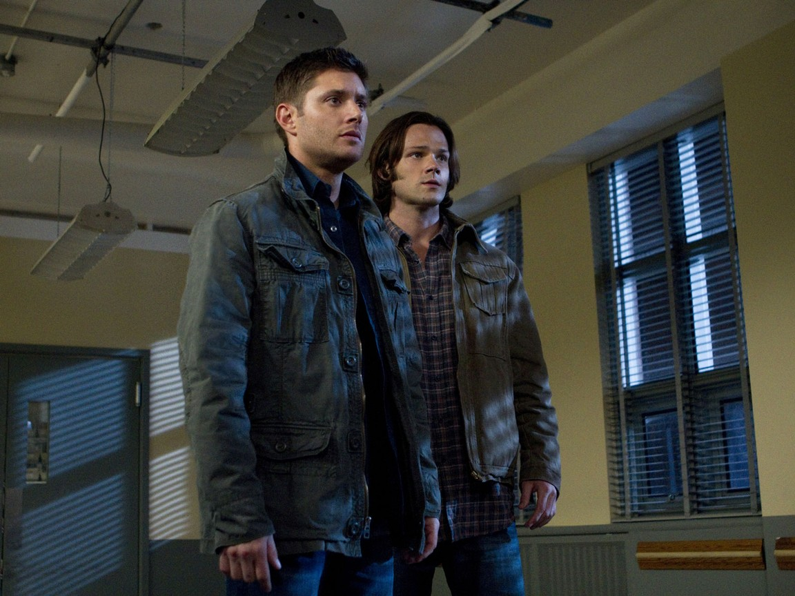 Supernatural - Season 7 Episode 10: Death's Door