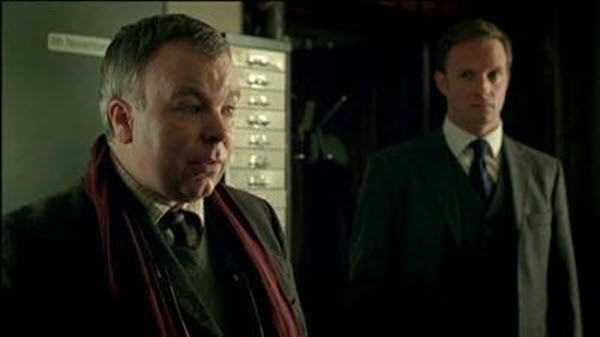 Whitechapel - Season 1 Episode 02