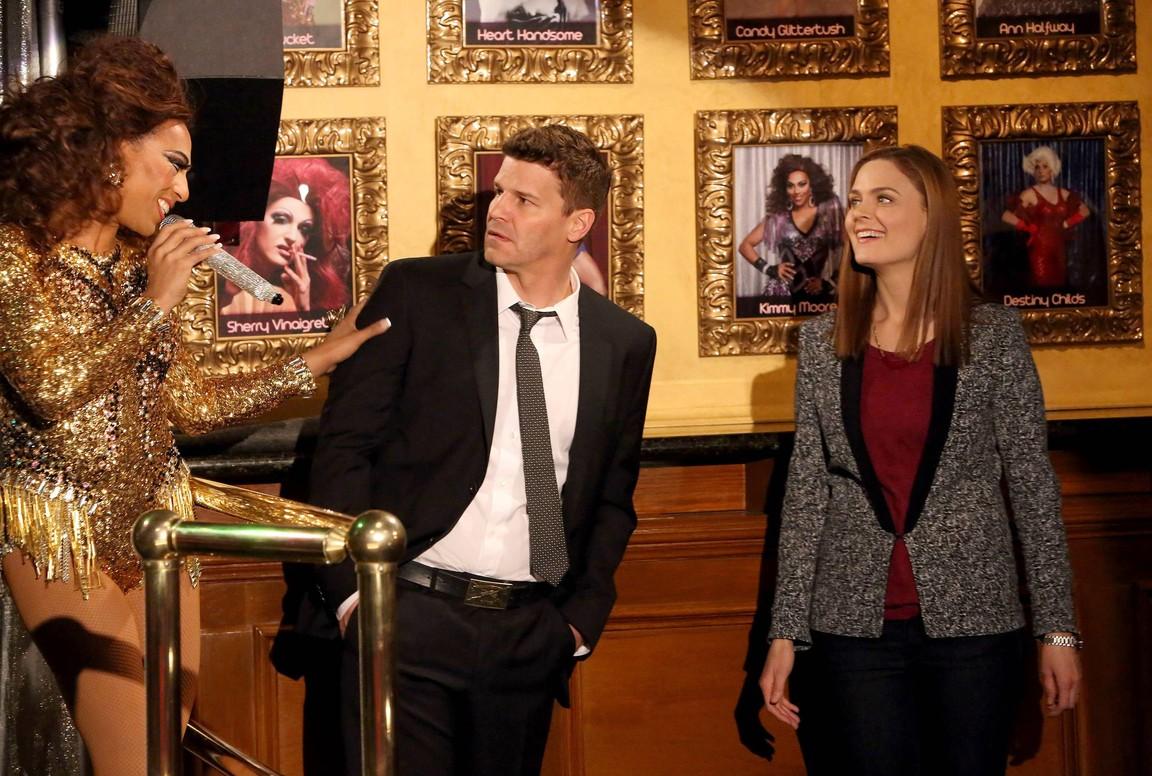 Bones - Season 9 Episode 23: The Drama in the Queen