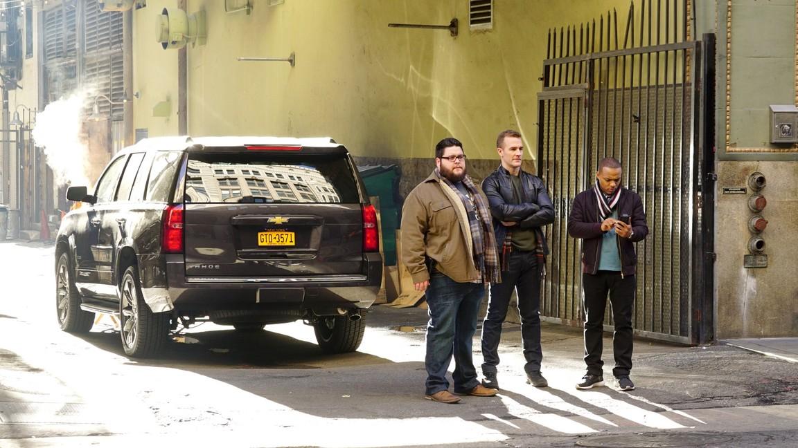 CSI: Cyber - Season 2 Episode 12: Going Viral