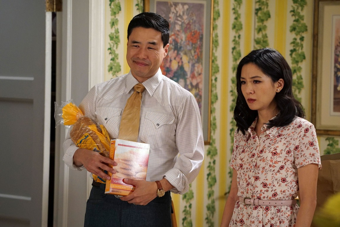 Fresh Off the Boat - Season 3 Episode 12: Sisters Without Subtext
