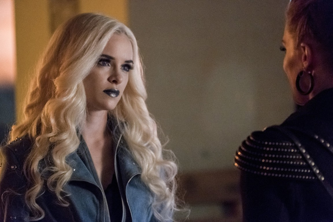 The Flash - Season 4 Episode 05: Girls Night Out