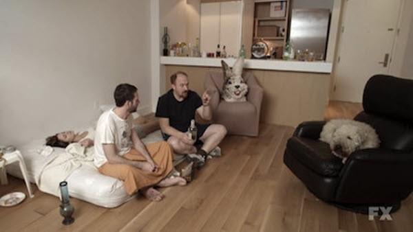 Louie - Season 1 Episode 08: Dogpound