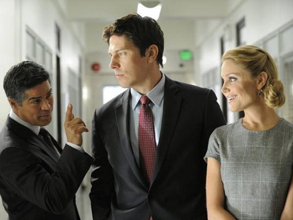 Fairly Legal - Season 2 Episode 11: Borderline