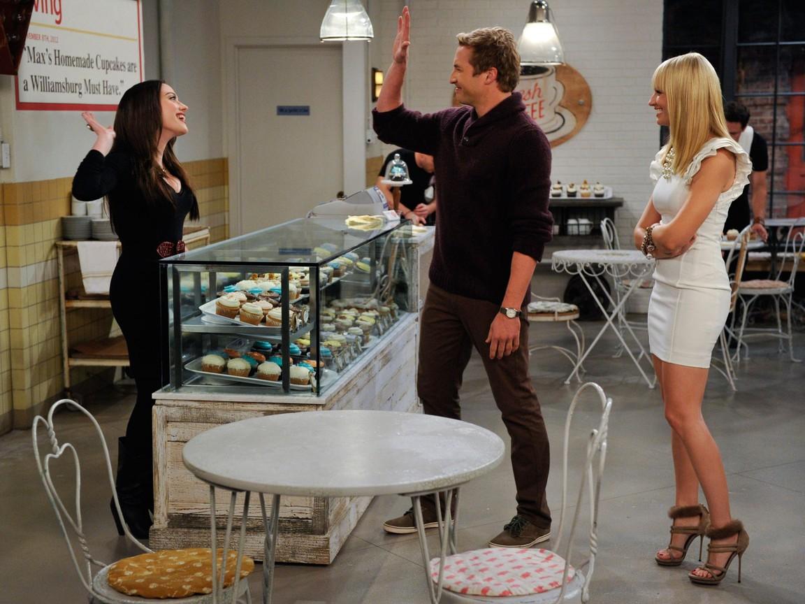 2 Broke Girls - Season 2 Episode 10: And the Big Opening