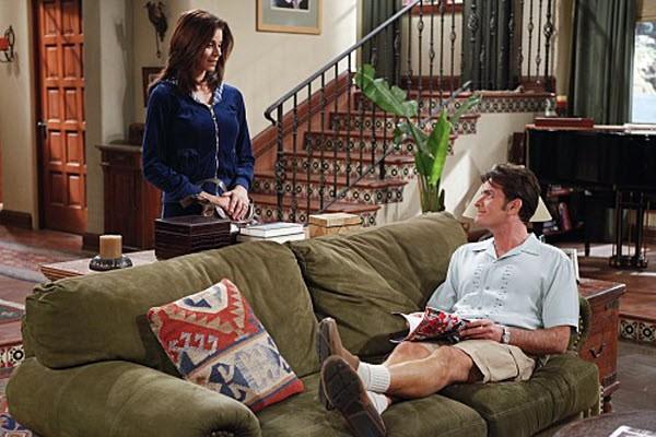 Two and a Half Men - Season 7 Episode 13: Yay, No Polyps!