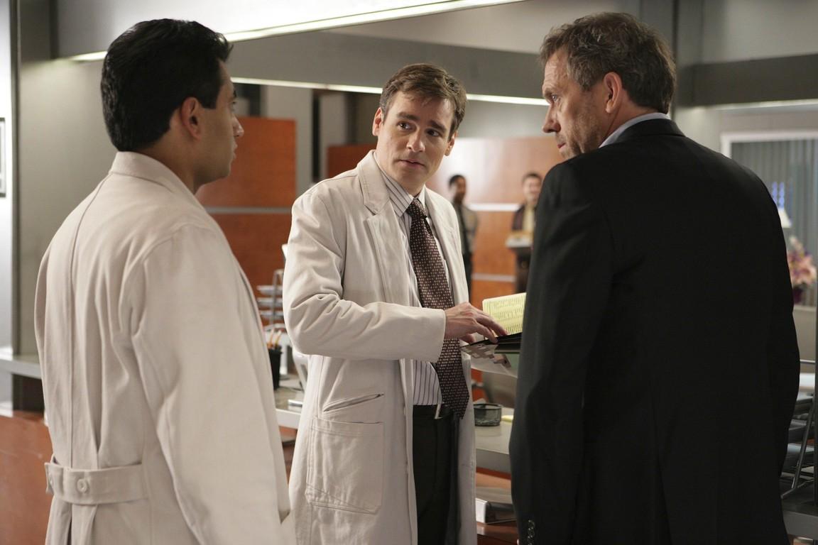 House M.D. - Season 5 Episode 17: The Social Contract