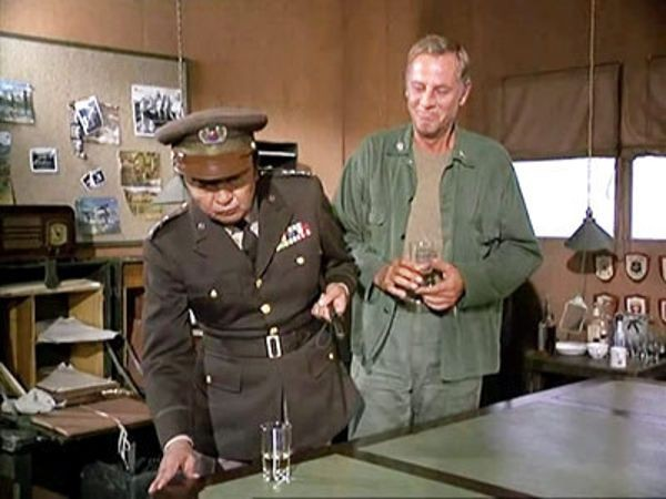 M*A*S*H - Season 1 Episode 02: To Market, to Market