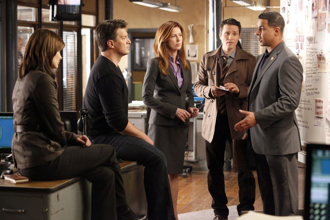 Castle - Season 2 Episode 17: Tick, Tick, Tick…