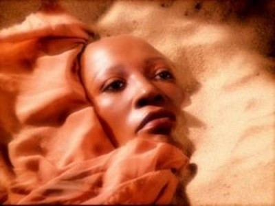 Star Trek: Deep Space Nine - Season 7 Episode 1: Image In The Sand