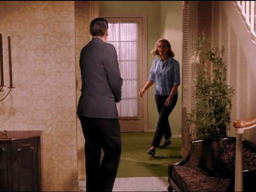 Bewitched - Season 1 Episode 22: Eye of the Beholder