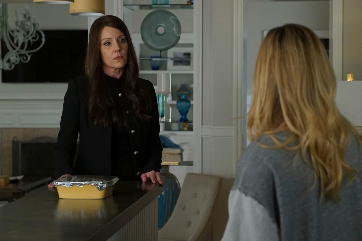 Pretty Little Liars - Season 7 Episode 05: Along Comes Mary