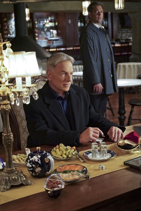 NCIS - Season 13 Episode 12: Sister City: Part One