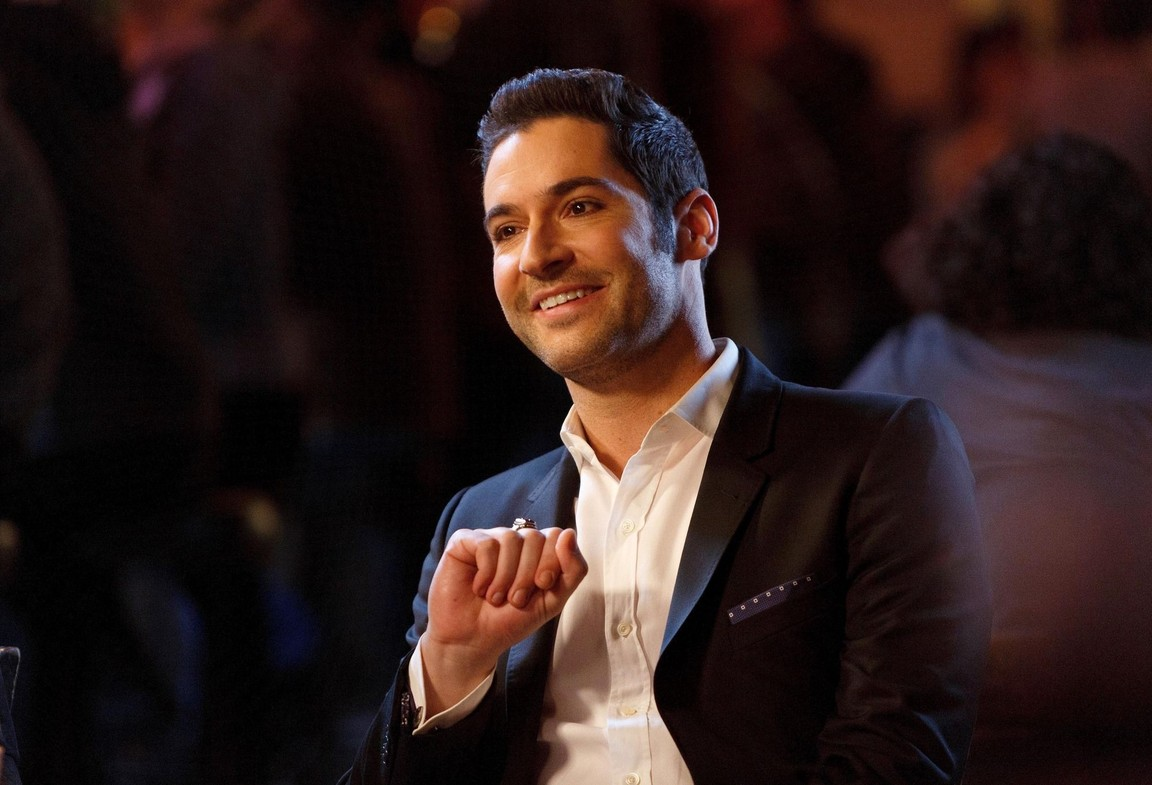Lucifer - Season 2 Episode 12: Love Handles
