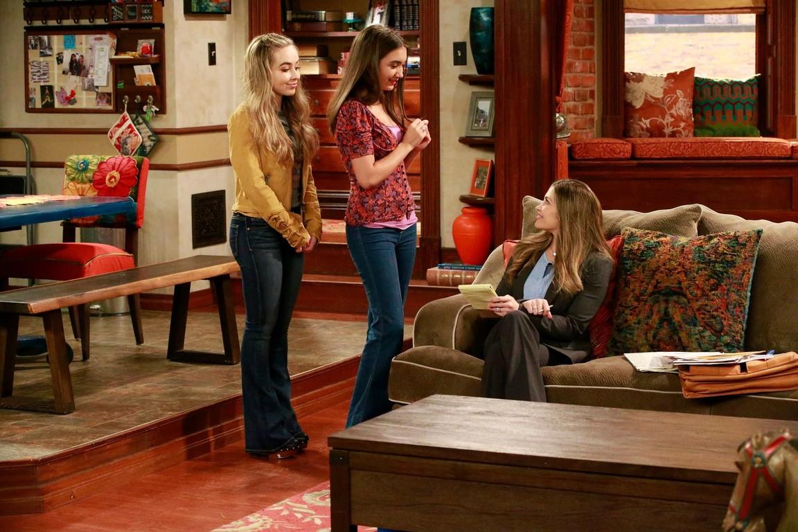 Girl Meets World - Season 3 Episode 17: Girl Meets Hollyworld