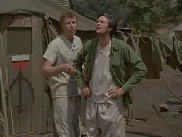 M*A*S*H - Season 2 Episode 05: Dr. Pierce and Mr. Hyde