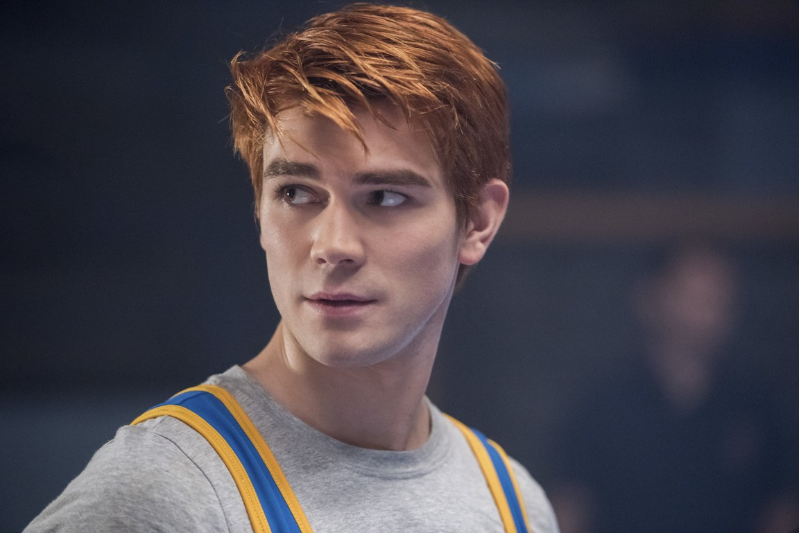 Riverdale - Season 2 Episode 10: Chapter Twenty-Three: The Blackboard Jungle