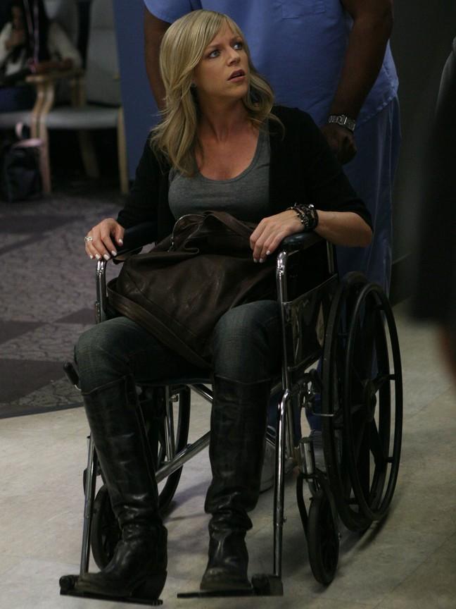 Its Always Sunny in Philadelphia - Season 6 Episode 12: Dee Gives Birth
