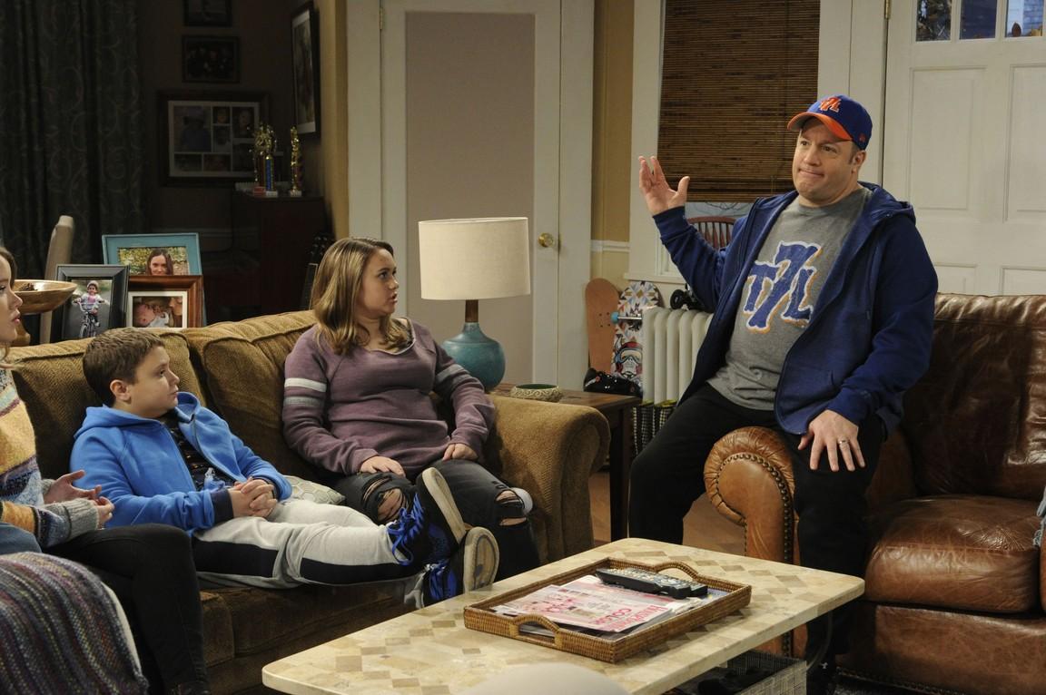 Kevin Can Wait - Season 1 Episode 14:   Kevin vs. The Dutch Elm