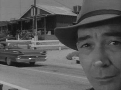 The Twilight Zone - Season 1 Episode 16: The Hitch-Hiker