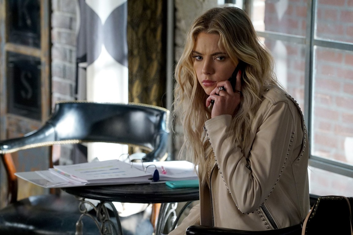 Pretty Little Liars - Season 7 Episode 06: Wanted Dead or Alive