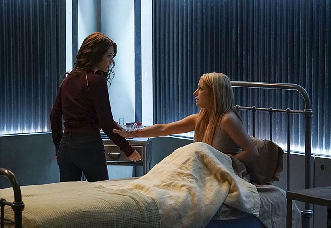 The Vampire Diaries - Season 7 Episode 16: Days of Future Past